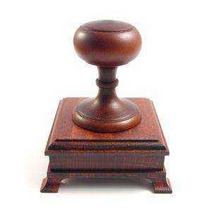Экслибрис на ручной деревянной оснастке Д=50мм